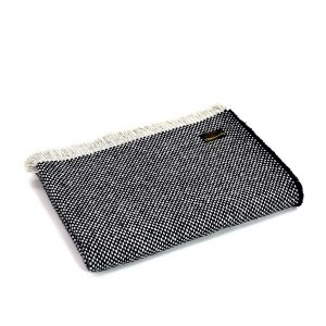 Crosshatch Navy White Throw Tweedmill