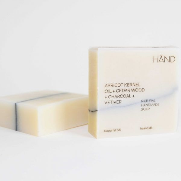 Organic Soap Bar with Apricot Kernel Oil + Cedar Wood + Charcoal + Vetiver by HÅND.