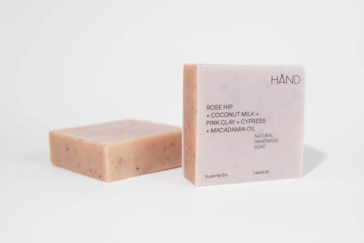 Organic Soap Bar with Rosehip + Coconut Milk + Pink Clay + Macadamia Oil by HÅND.