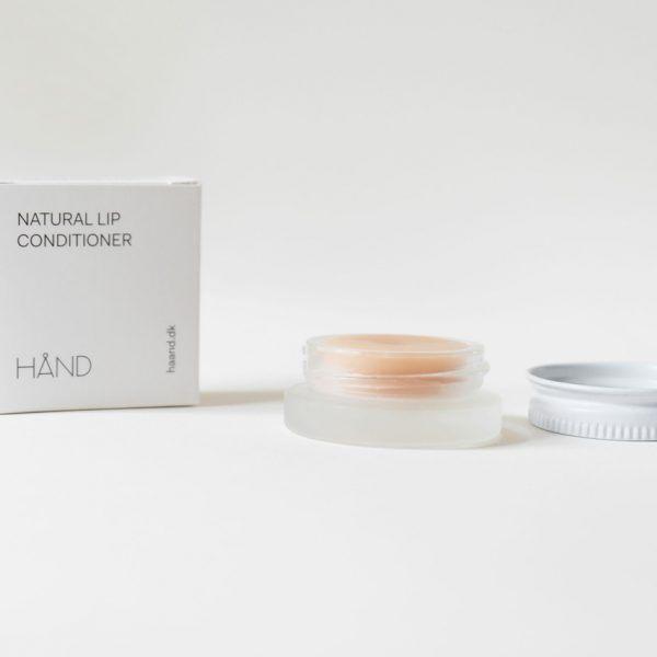 Natural Lip Conditioner hånd