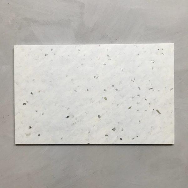 Yoghurt Plate 25x40 YUME