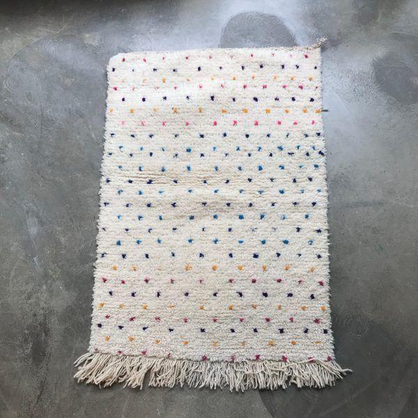 75x115 Vintage berber rug Dots